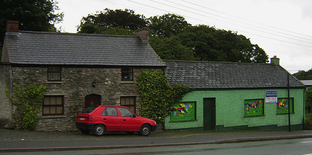 Kilcullen_Cottages_with_WindowPainting