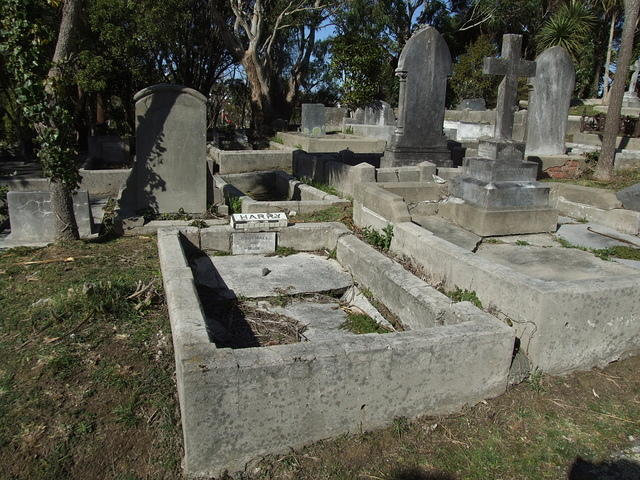 Graves, Karori Cemetery, Wellington, New Zealand