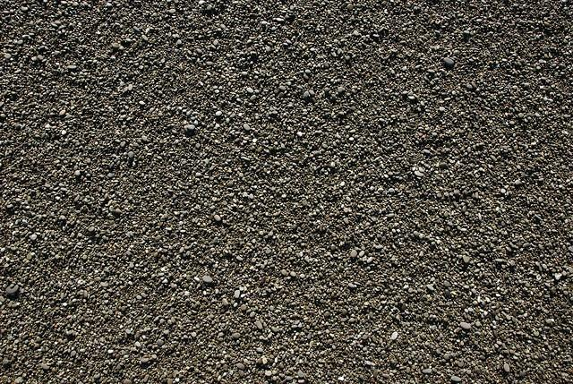 Finely pebbled beach (texture)